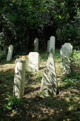 Cimitero Ebraicoridotto