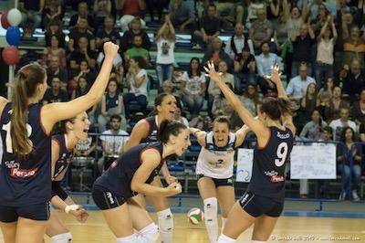 Volley Pesaro femminile promozione in A2