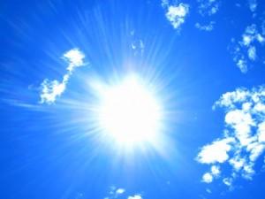 Sole caldo bel tempo
