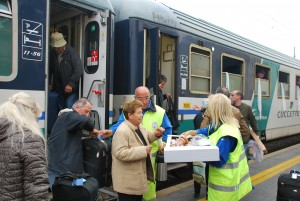 Arrivo pellegrini stazione San Benedetto del Tronto