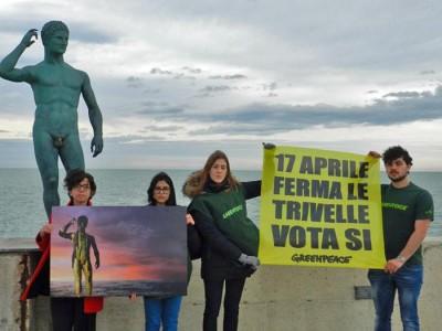 Trivelle: manifestazione di Greenpeace a Fano in vista del referendum