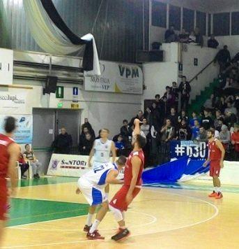 Basket: Malloni Porto Sant'Elpidio-Amatori Pescara 42-64