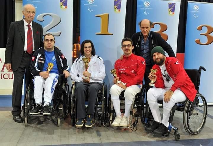 """l PalaIndoor di Ancona la prima prova nazionale del Gran Prix """"Kinder +Sport"""" di fioretto U14"""