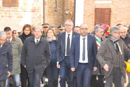 Il premier Paolo Gentiloni in visita a San Ginesio