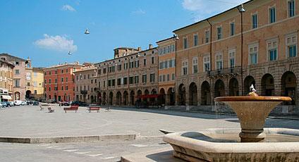 San Severino Comitato Sisma Centro Italia arrivo aiuti finanziari