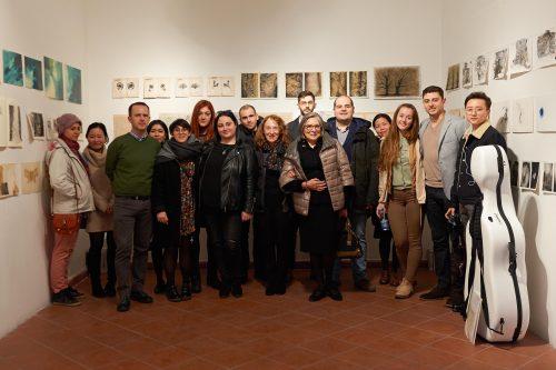"""""""A più voci"""", inaugurata la mostra nata dalla collaborazione tra Appassionata e Accademia Belle Arti"""