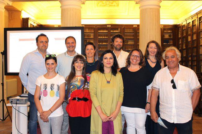 Gli assessori Monteverde e Marcolini insieme ai rappresentanti delle associazioni che hanno organizzato i Centri estivi