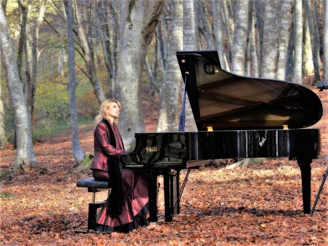 La faggeta di Canfaito per un viaggio tra musica, arte e ambiente