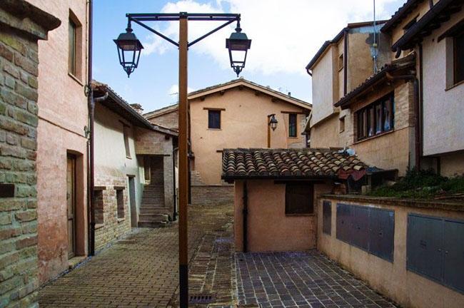 Ecomuseo di Villa Ficana: torna Atterrati! Call for Art 2018