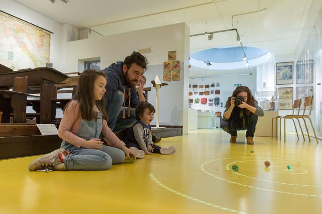 Macerata, riprendono le domeniche al Museo della Scuola Ricca