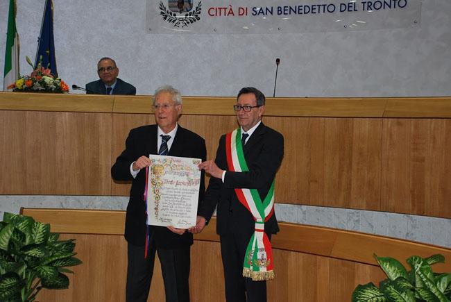 San Benedetto, consegnato Premio Truentum 2017 al prof. Crescenti