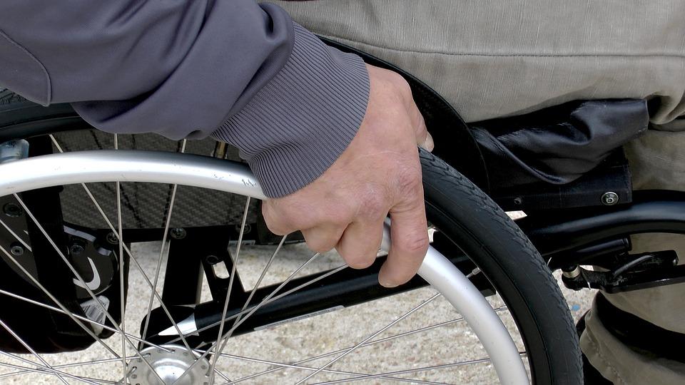 Ascoli, politiche 2018: assistenza a studenti con disabilità nei giorni di chiusura