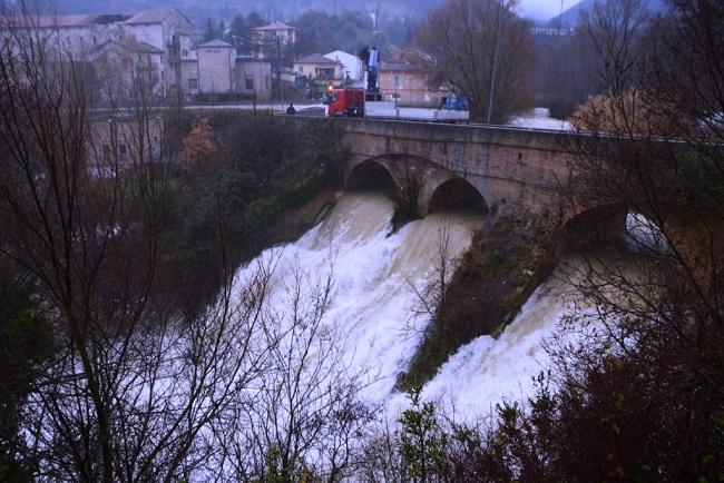 San Severino, maltempo: liberato il ponte S. Antonio