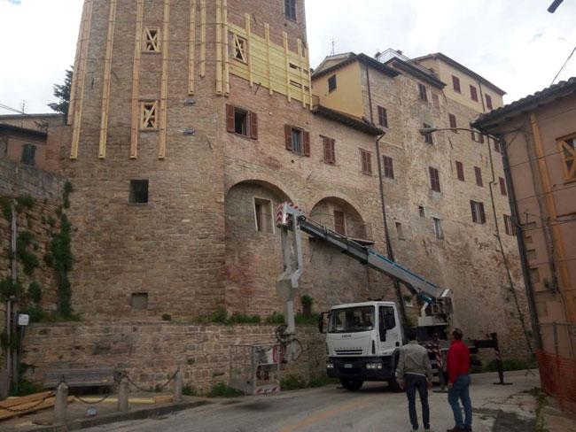 apertura via Farnese Camerino
