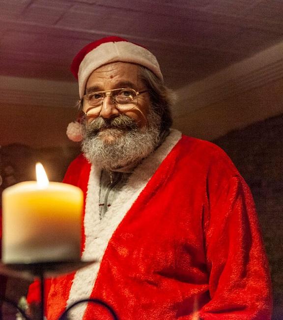 Babbo Natale a Mombaroccio-_-Il-Natale-che-non-ti-aspetti-_-Marche (1)