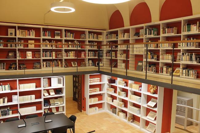 antica sala lettura biblioteca mozzi borgetti